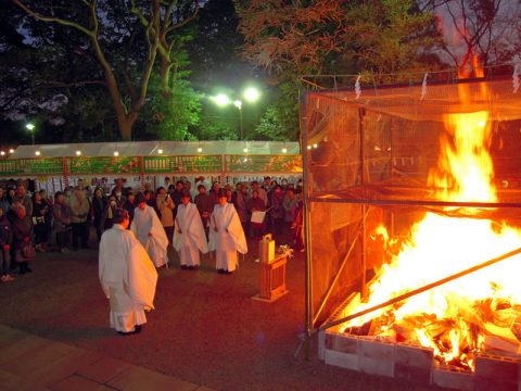 どんと祭(古神札焼納祭)